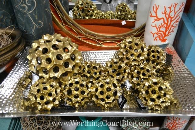 Gold spikey orbs