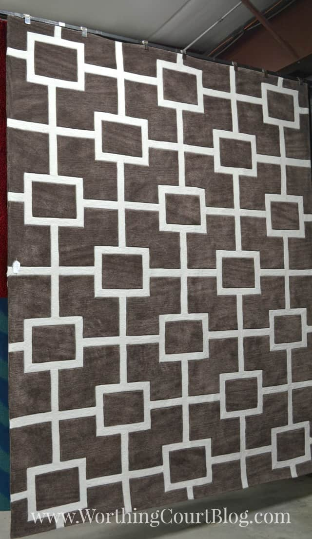 Gray and white geometric rug