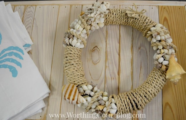 Rope and seashell wreath
