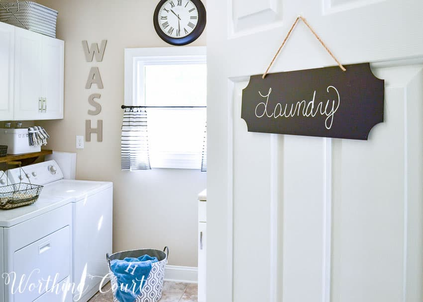 Chalkboard sign for the laundry room door || Worthing Court