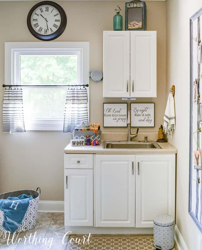 laundry room sink and dog washing area || Worthing Court