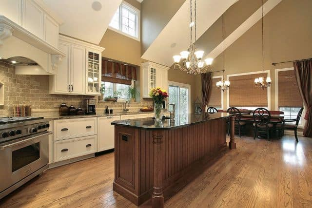 Traditional oak hardwood floor