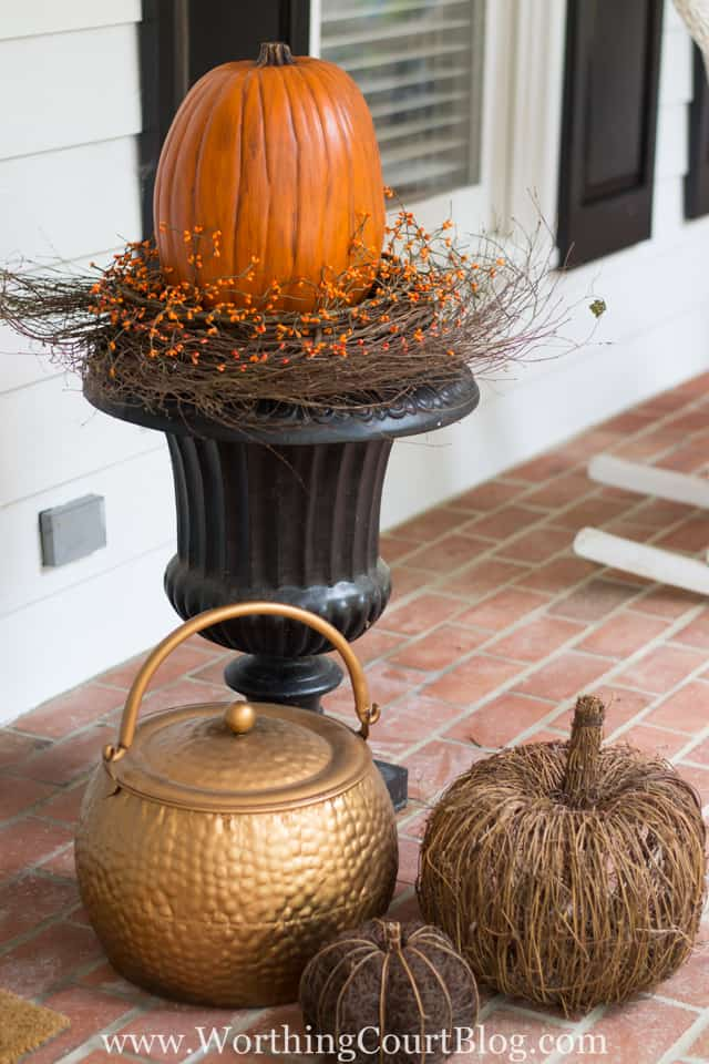 How To Create An Easy Fall Urn