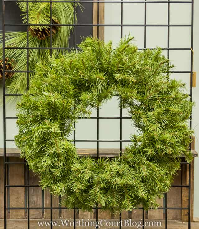 How To Decorate A Christmas Wreath Like The Pros