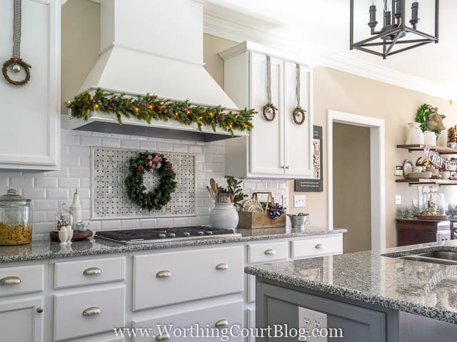 Farmhouse Christmas Kitchen
