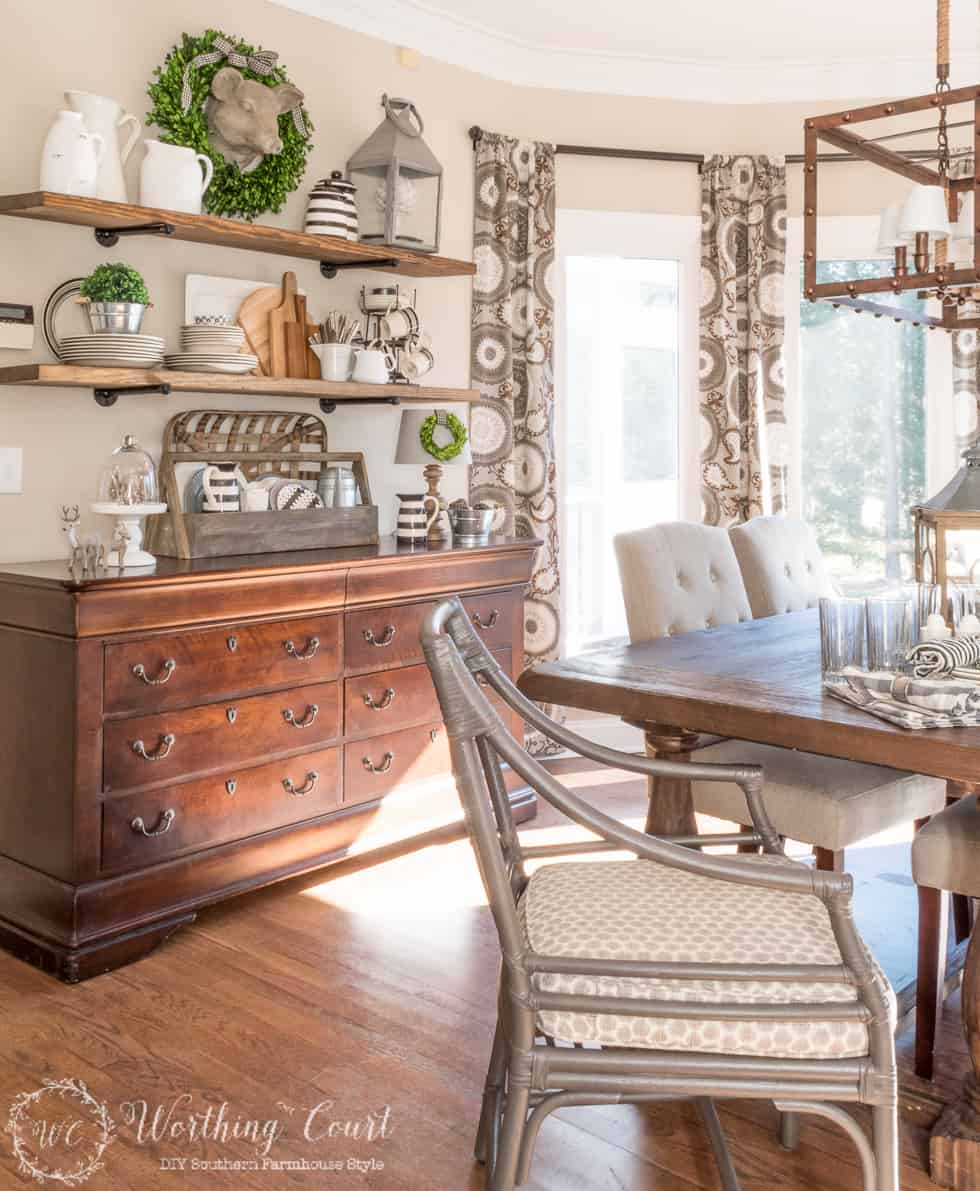 Rustic farmhouse breakfast area featured at the #DIYlikeaboss link party!
