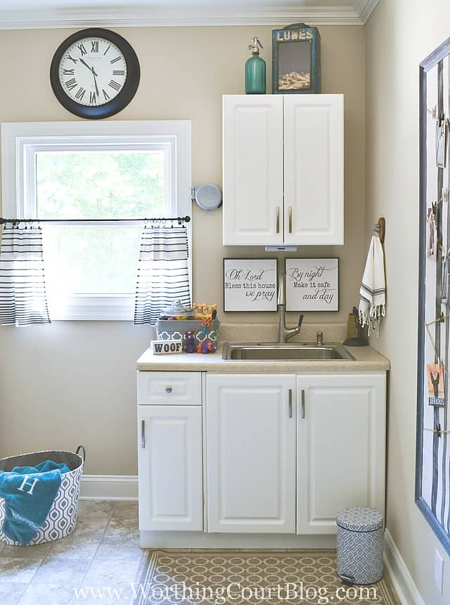 Laundry room sink area