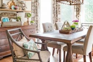 Celebrate Spring With Farmhouse Florals