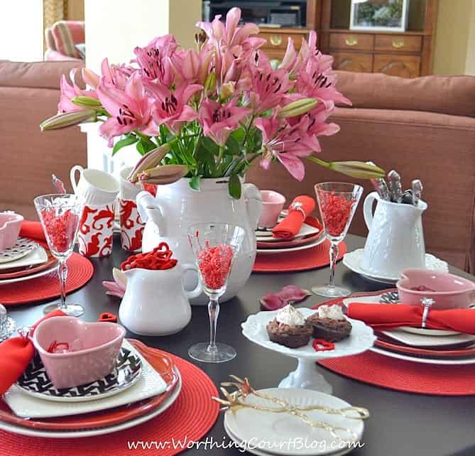 Valentine's Day Tablescape.