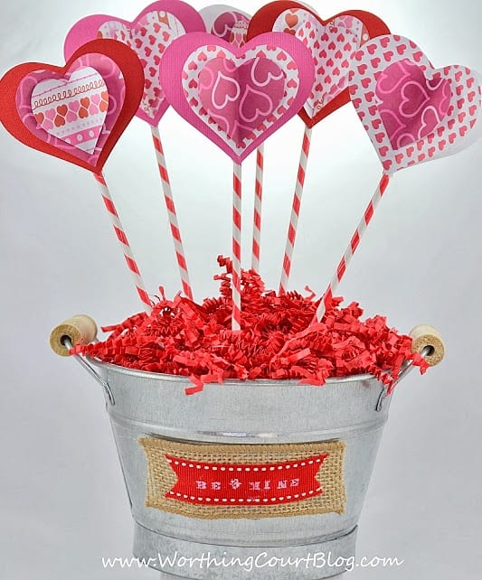 Super easy to make 3D Valentine's Day sweetheart bouquet .