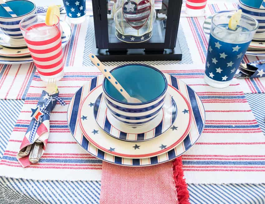Super Easy Patriotic Decorating Ideas For July 4th Gatherings ...
