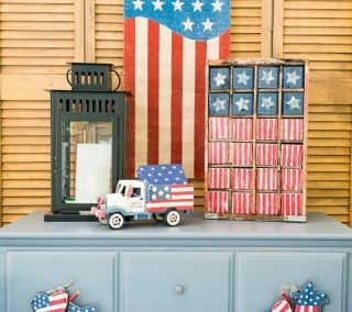 Easy Vintage Americana USA Flag Painted Wood Blocks