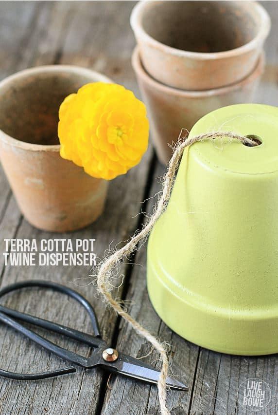 DIY twine dispenser from a terra cotta pot