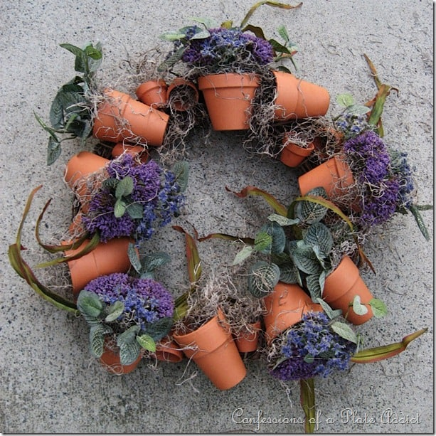 How to make a wreath using terra cotta pots with the pots forming a wreath.