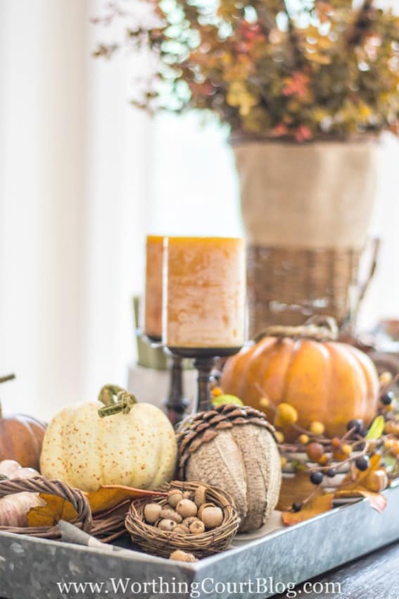 5 tips for how to make a fabulous fall centerpiece. #howto #tips #fall || Worthing Court