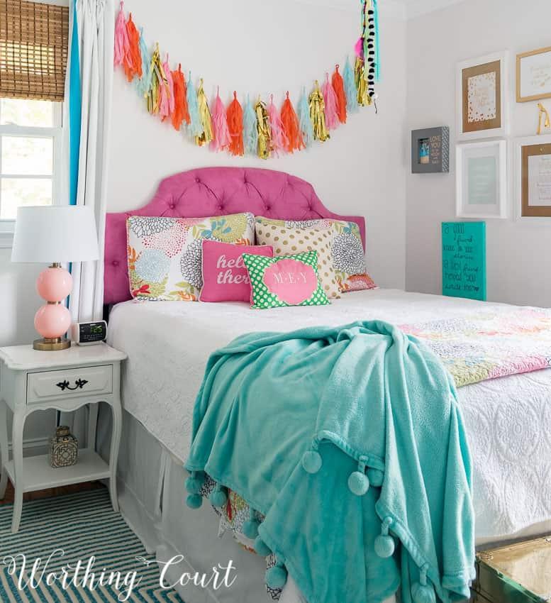 Colorful teenage girl's bedroom || Worthing Court