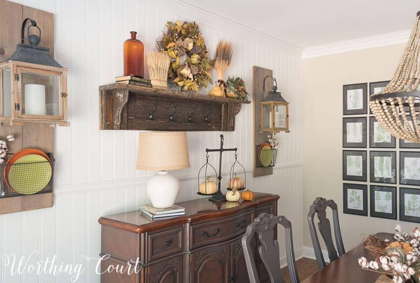 Fall farmhouse style dining room decor || Worthing Court