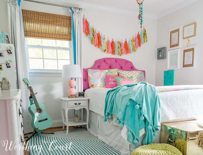 Teenage girl's bedroom || Worthing Court
