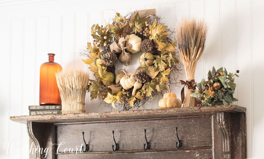 Vintage mantel decorated for fall || Worthing Court