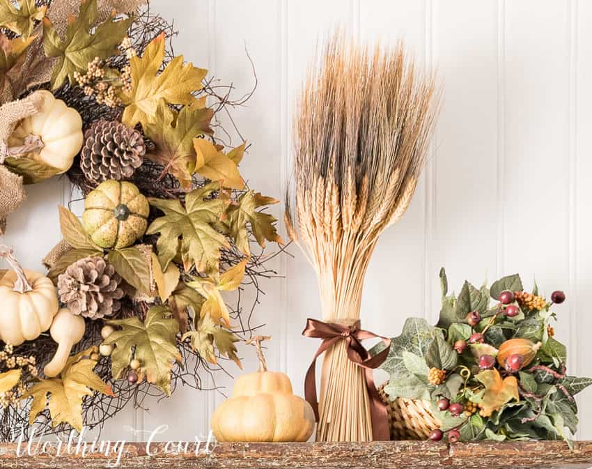 Fall display on a vintage shelf || Worthing Court