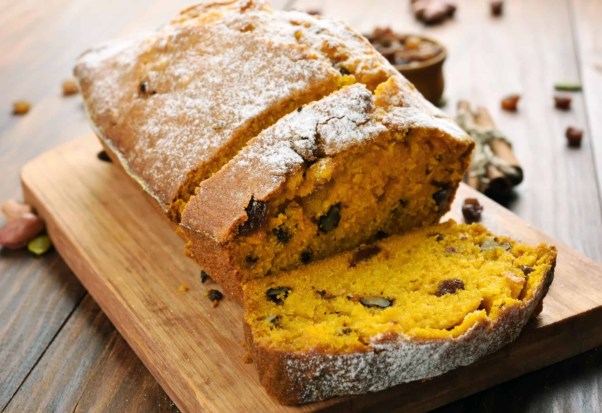 This moist and delicious Pumpkin Bread recipe is a perfect addition to your fall, Thanksgiving and Christmas repertoire || Worthing Court