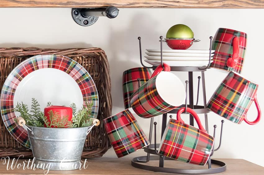 Mug tree with Christmas plaid mugs || Worthing Court