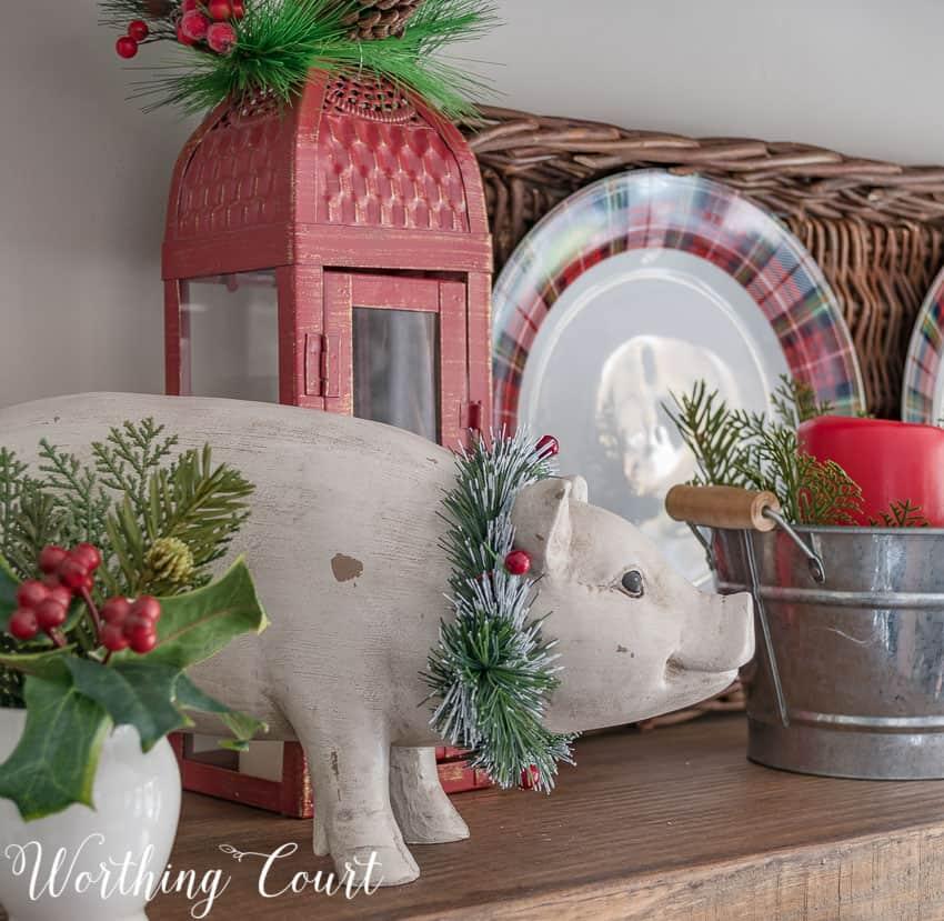 Rustic Christmas shelf vignette || Worthing Court