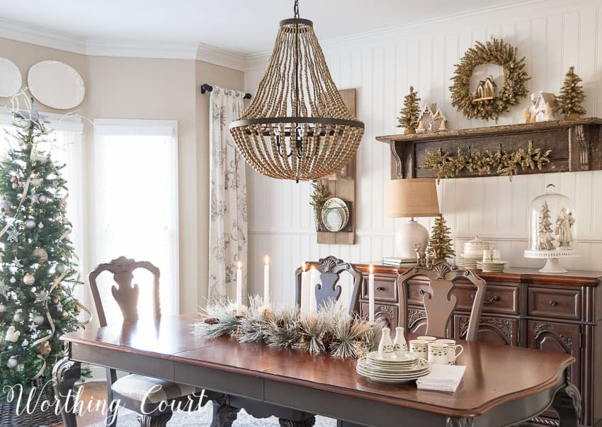 Farmhouse Christmas dining room || Worthing Court
