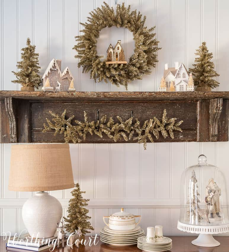 Vintage shelf display for Christmas || Worthing Court