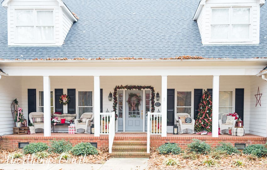 My urban farmhouse christmas front porch worthing court for Farmhouse front porch pictures