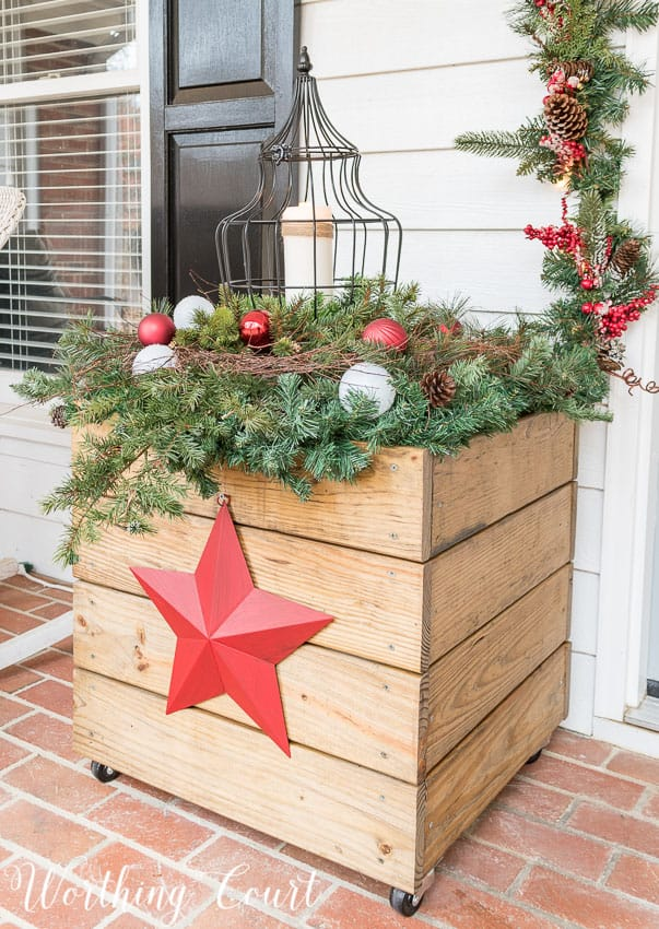 DIY wood planter decorated for Christmas || Worthing Court