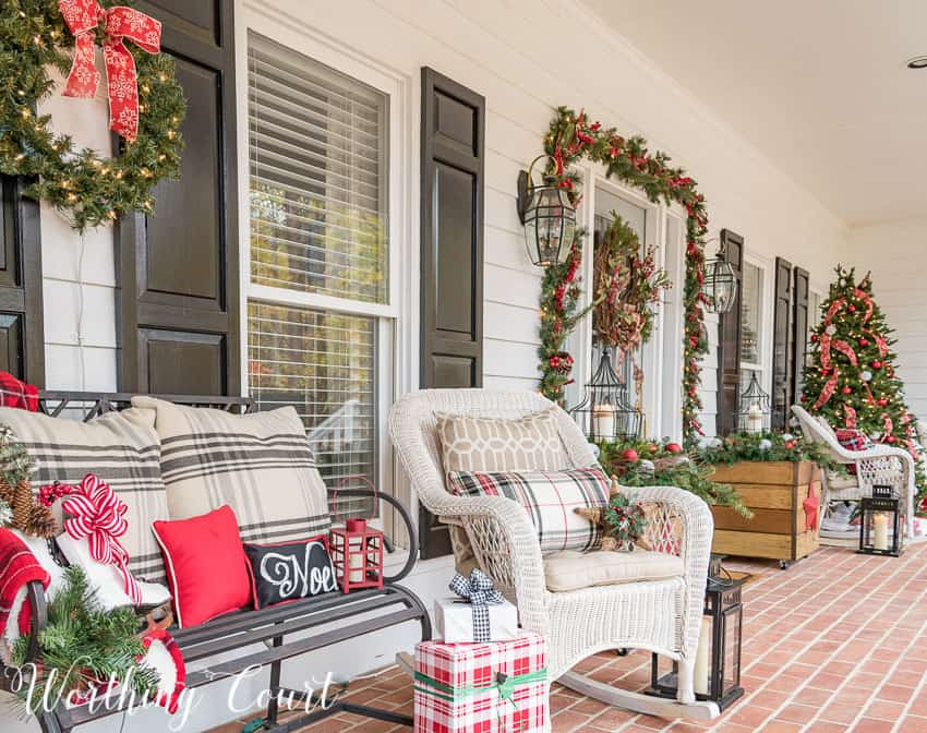 Urban farmhouse front porch decorated for Christmas || Worthing Court