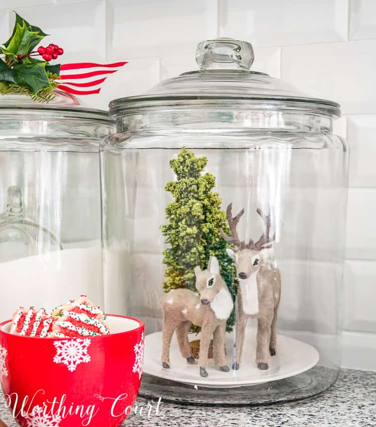 Christmas vignette in a glass canister || Worthing Court