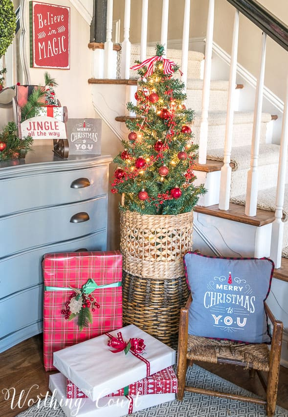 Small Christmas tree for a foyer || Worthing Court