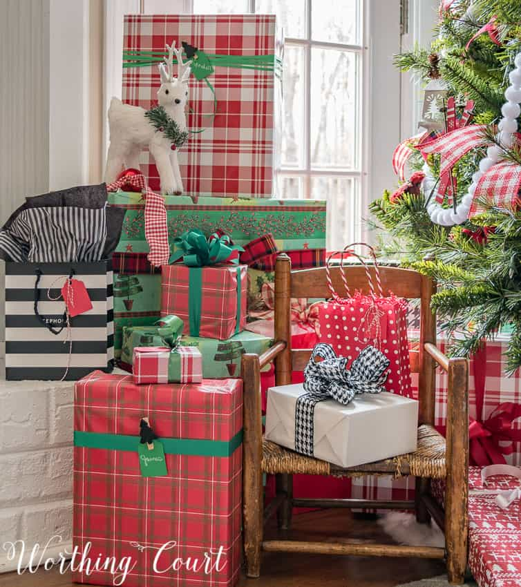 Wrapped Christmas gifts || Worthing Court