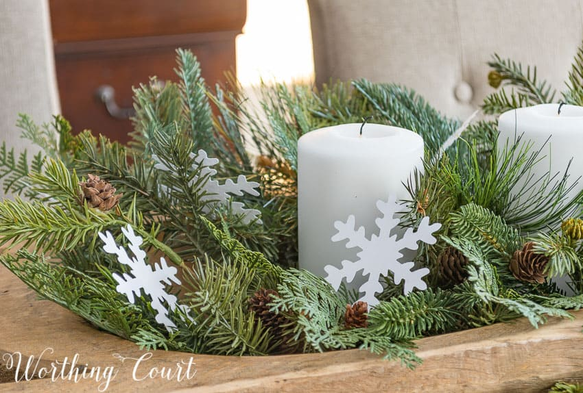 Super easy winter centerpiece || Worthing Court