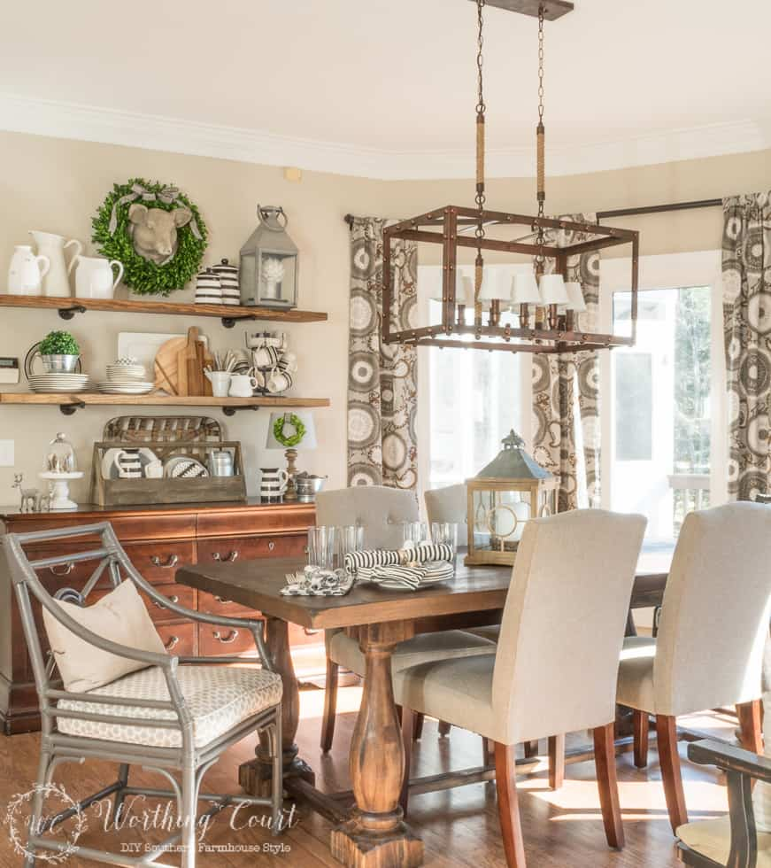 Tips for turning a dated and traditional breakfast area into a space filled with farmhouse charm || Worthing Court