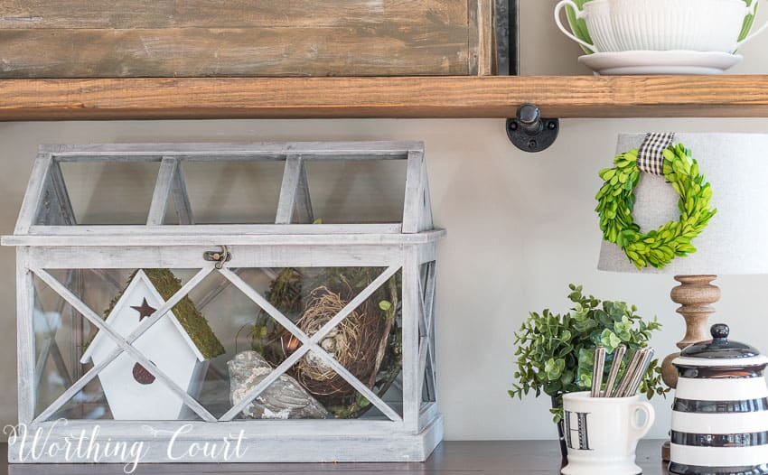 Farmhouse style spring terrarium || Worthing Court