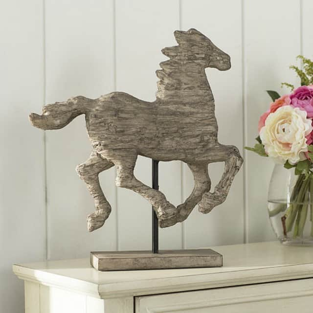 Where to buy a horse statuette to add to your farmhouse decor || Worthing Court