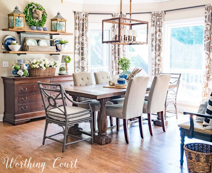 Farmhouse style breakfast nook decorated for summer with blue and green accents || Worthing Court