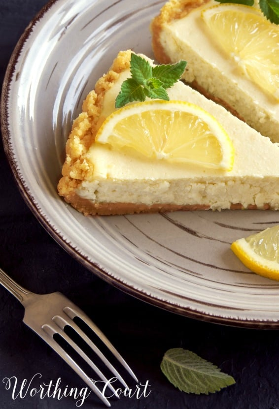 A delicious, easy recipe for lemon cheesecake || Worthing Court