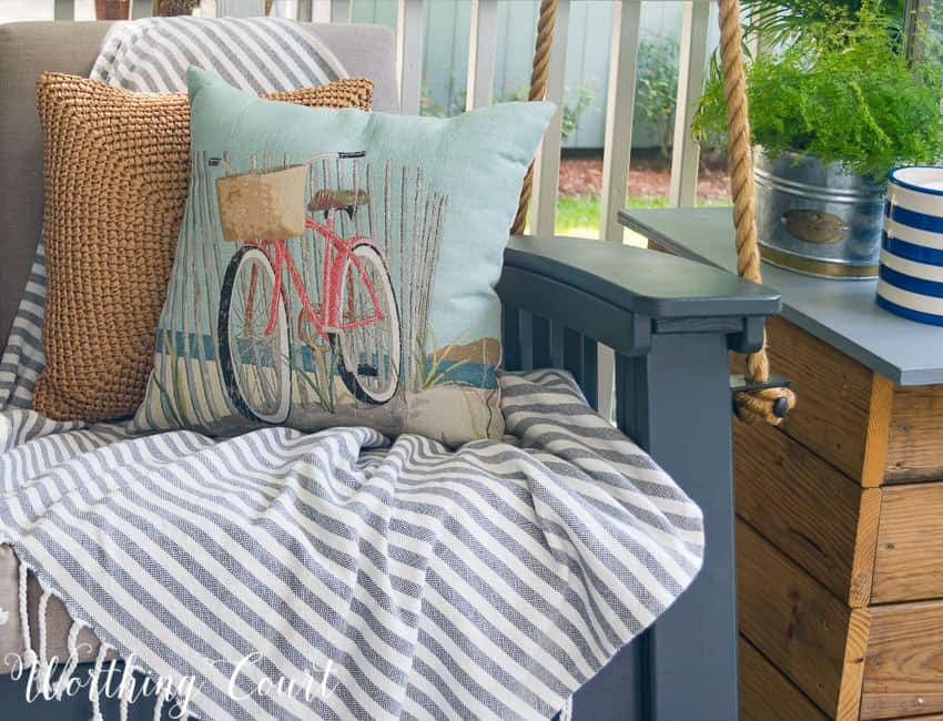 Adorable bicycle pillow for summer - under $15! || Worthing Court