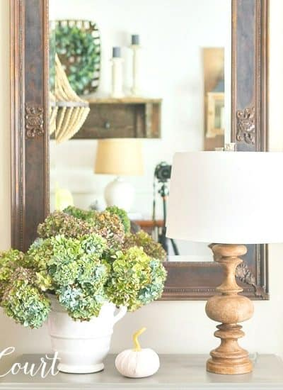 easy fall decorating ideas using dried hydrangeas in a vase