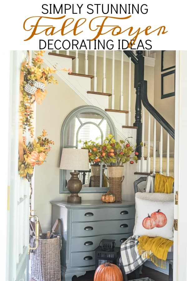 Fall foyer decorating ideas with traditional fall colors