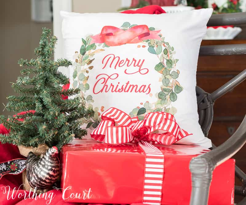 Christmas wreath pillow cover #christmas #christmasdecor #christmaspillow #pillowcover