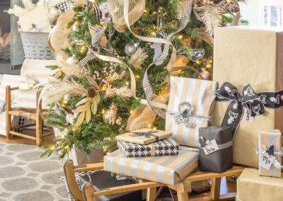 Get The Look: How To Mix Rustic And Glam For Christmas