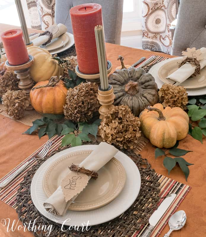 How To Make A Thanksgiving Table Special Using Everyday Dinnerware #thanksgiving #centerpiece