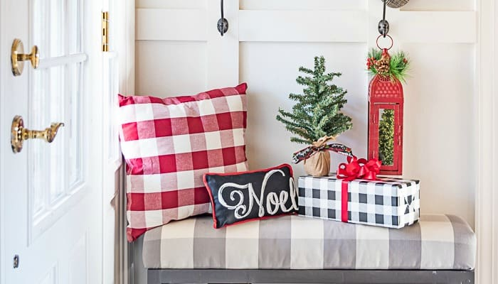 Festive Farmhouse Christmas Foyer