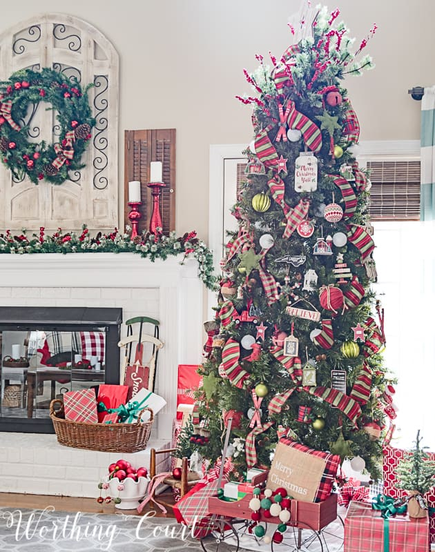 celebrate christmas in my cozy and festive family room decorated with rich reds and greens and a just a little bit of sparkle