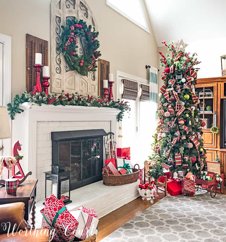 take a tour of my cozy and festive christmas family room christmasdecor